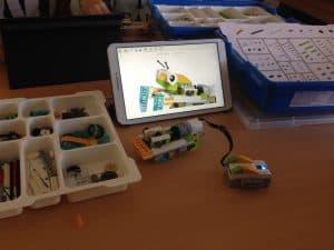 Wirbellose konstruieren mit Lego WeDo 2.0 (Klasse 2A) 1