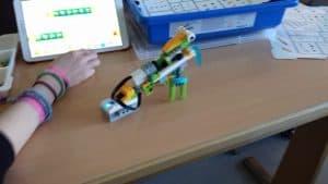 Wirbellose konstruieren mit Lego WeDo 2.0 (Klasse 2A) 2