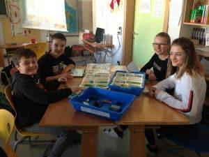 Wirbellose konstruieren mit Lego WeDo 2.0 (Klasse 2A) 4