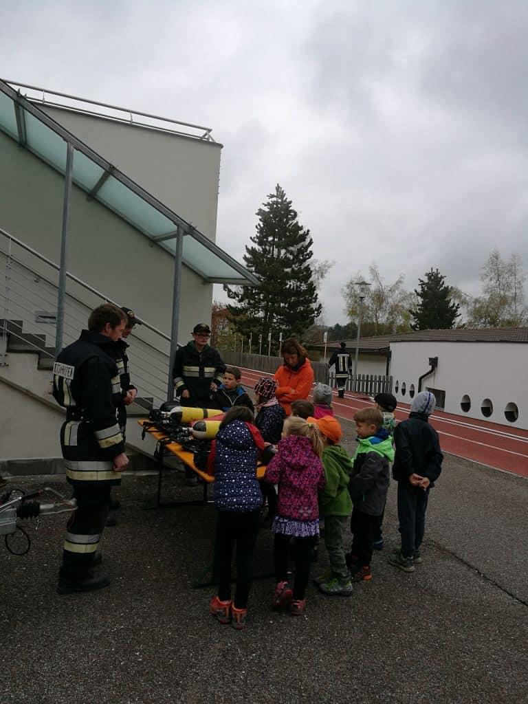 Spektakulärer Projekttag in der Grundschule Deutschnofen 10